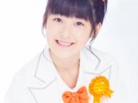 【カントリー・ガールズ】桃子が小関ちゃんのあごをつかむ