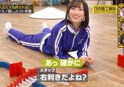 【乃木坂46】スタッフ「右利きだよね?」掛橋沙耶香「確かに(ニコー)」