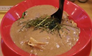 スープ濃度が「超どろ」ラーメン