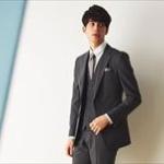 スーツ勤務のやつ、スーツ何着もってる?