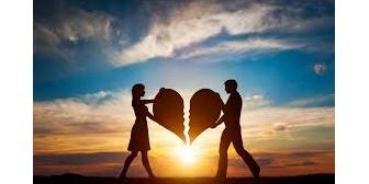 彼氏と1年半の間に私から4回別れていて寂しくなって結局復縁。この人以外付き合ったことなく、自分の気持ちが分かりません…