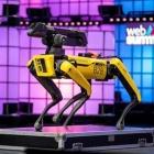 『ニューヨークのロボット警察犬』の画像