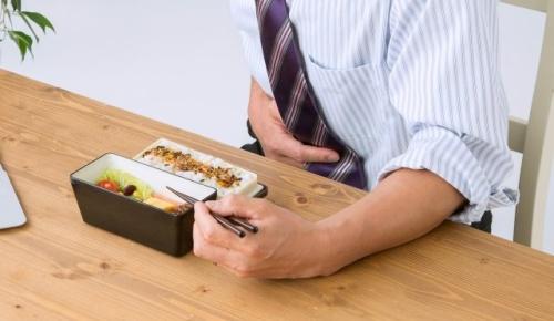 錦織を破った西岡良仁が食中毒で棄権と報道(海外テニスファンの反応)