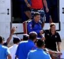 【はぁ?】4人乗りボートが転覆し、10日間漂流後救助 → 女「実は携帯使えた」