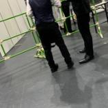 『【乃木坂46】筒井あやめレーンで録音しようとしたオタ、セキュリティに捕まり必死に抵抗!!!!!!』の画像