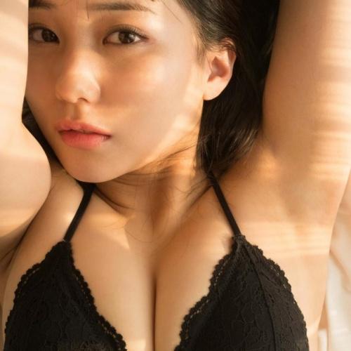 【矢吹奈子&田中美久水着エロ画像200枚!】巨乳おっぱいHKT48IZ*ONE抜ける画像!