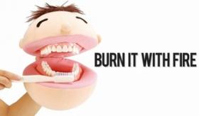 【ぬいぐるみ】   これは怖すぎるwwwwww 日本の「歯を磨く」ために使われるぬいぐるみwwwwwwww  海外の反応