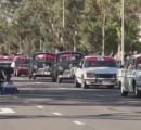 オーストラリア唯一の国産自動車メーカー 今月で生産を終了するのを前に歴代の車がパレード