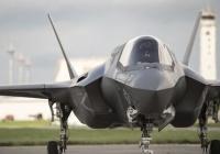 米空軍トップ「あー、みんな薄々わかってたやろ?F-35な、アレ失敗作!(爆笑)」