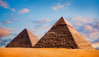 「ギザの大ピラミッド」は内部の部屋に電磁エネルギーを集められる構造になっていることが判明