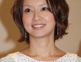 鈴木亜美7歳年下と膣内生陰茎挿入精液子宮着床婚