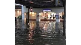 【動画】千葉駅前が大洪水、まるで海のよう
