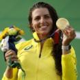 女子カヌーのオーストラリア代表、コンドームで装備を補修しメダル獲得www 「柔らかく丈夫で、水にもよく耐える」