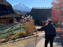 【 画像 】神戸のポドルスキさん、日本の紅葉を満喫w