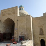 『ウズベキスタン旅行記32 ブハラのオアシス「ラビハウズ」と衝撃のデザインの「ナディール・ディヴァンベギ・メドレセ」』の画像