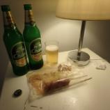 『2017年9月タイ旅行 3日目 パタヤ その19(ウォーキングストリートから帰ってホテルの部屋で晩酌)』の画像