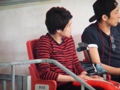 【画像】カシマスタジアムに内田篤人!鹿島カラーの服装で観戦www
