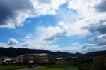 青空の綺麗なまち。私部から生駒方面を望む~交野まちなみ日記No.11~