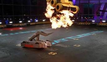 アメリカで人気! 白熱の「battle bots」を紹介するスレ(動画像あり)