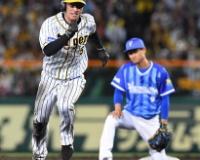【阪神】掛布「5点ビハインドで近本の盗塁は意味がわからない。」
