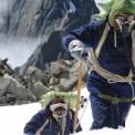 ビヨンド・ザ・エッジ 歴史を変えたエベレスト初登頂 無料動画