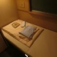 【画像】寝台特急のA寝台個室で一人宴会してる