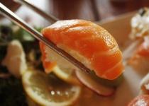 回転寿司大食いチャレンジ