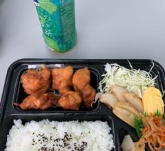 外国人「日本で働いてて昼飯はこんな感じなんだが評価してくれ」