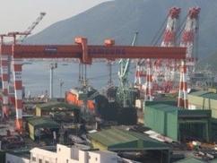 スイス「造船技術世界一の韓国はドリルシップ2隻造れる?」⇒ 韓国「1兆7000億掛けて造る!」⇒ 韓「もうすぐ完成!」⇒ スイス「何年掛かってんの?今更要らない」