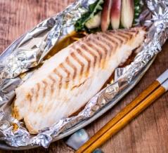 ふんわり美味しい「サクを丸ごと鯛のホイル焼き」&焼くのは暑いけど「海老の塩焼き」は美味しい
