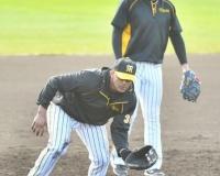 【阪神】マルテと大山が早出100球特守 三塁争いし烈