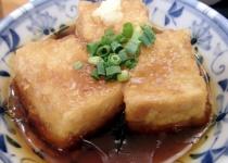 友達「お前なにその昼飯w」俺「豆腐だけど」友達「それだけ?貧乏なの?wwww」