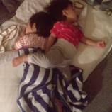『双子の寝相、、、』の画像