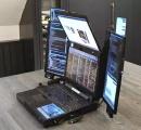 【脅威】7画面搭載したもの凄いノートパソコンが発表される 重さ11キロで厚さ10センチ以上