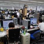ゲーム会社「3年かけてゲーム開発したぞ!」→100万本30億円  ソシャゲ会社「一枚絵追加!」→67億円