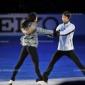 羽生結弦&浅田真央 2012年GPS・NHK杯で優勝した二人...