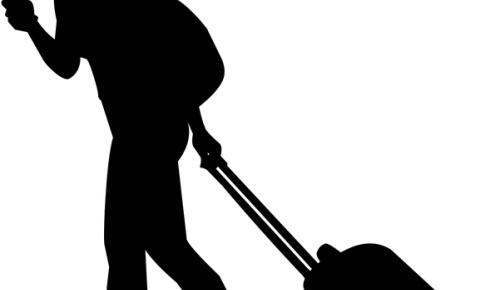 神奈川県大和市の「歩きスマホ禁止条例」に海外から絶賛する声が続出(イギリス人など海外の反応)