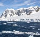 南極の溶けはじめた氷から聞こえる「奇妙な歌」
