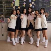 広瀬すず、池田エライザ、山本舞香、若手女優が90年代のコギャルに変身