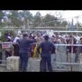 「土人」発言の機動隊員「抗議する人が、体に泥をつけてたことがあり、とっさに口に出た」