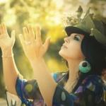 現代の日本人って大昔の貴族よりいい生活してるのに何で幸福度低いの?
