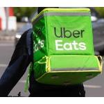 若者「UberEatsで月15万円稼ぎながら家賃7万8000円の2畳半に住む生活に幸せを感じる」