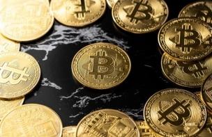 100万円定着に失敗したビットコイン、今後のポイントは?