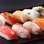 女「太るから寿司のシャリやめろ」くら寿司「じゃあ代わりに大根使う」