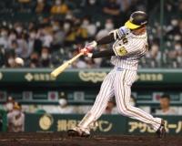 【阪神】小幡「結果残さないと」1軍初出場初スタメン初安打となる三塁打