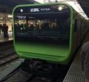 【画像】 新しい山手線の列車がなんだかキモい件
