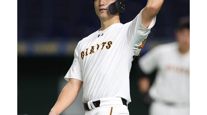 【球団発表 】巨人・小林、骨折!