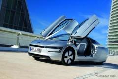 "VW、燃費111.1km/Lの""究極のエコカー""量産車公開へ--航続距離175kmのEV『ゴルフ』も発表"