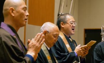 【カオス】ゴジラ最新作の楽曲収録がヤバイwwwwなぜか日本の僧侶wwwwでも最高にかっこいいんだよなこれ