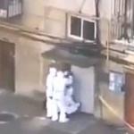 【動画】中国、感染者確認でまた「中共式封鎖」!恐怖の集合住宅玄関封鎖!